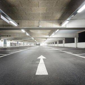 Iluminación resistente y antibandalica para garajes de collingwood lighting